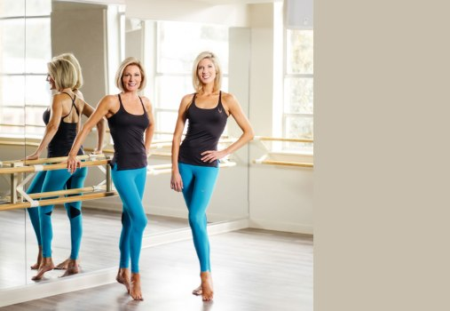 barre-mirror-teal-pants