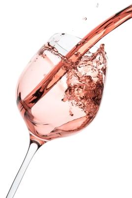 rose-wine-glass